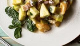 Ovocný salát s avokádem