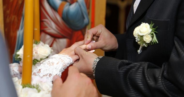 Nejoblíbenější svatební tradice azvyky, které nemohou na vaší svatbě chybět!
