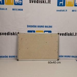 Švediški lt. Smėlio Spalvos Skelbimų Lenta Su Audiniu, Švedija