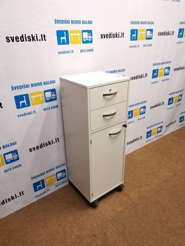 Švediški.lt Balta Biuro Spintelė Su Dviem Stalčiais Ir Atidaroma Dalimi Ant Ratuku, Švedija