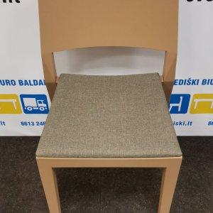 Švediški.lt Rudai Dažyta Uosinė Lankytojo Kėdė Su Pilku Audiniu, Švedija