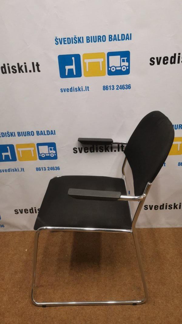 Svediski.lt Juoda Lankytojo Kėdė Su Chromuotu Rėmu, Švedija
