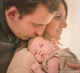 fela, baby, foto, fotografie, sven, almere, thuis, licht, newborn, babyshoot,