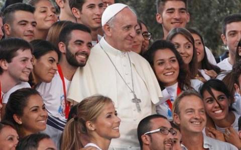 Papin tweet: Svakog dana čitaj evanđelje barem pet minuta