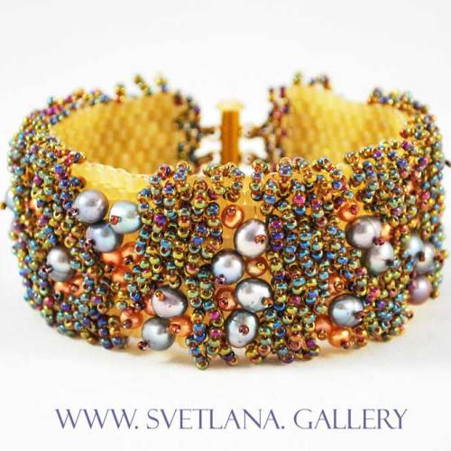 Merry Berry Pearl Bracelet - Front - Svetlana.Gallery
