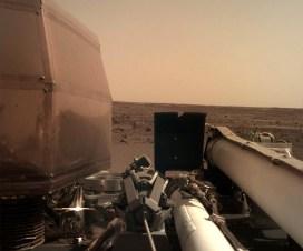 Insajt stigao na Mars - prva fotografija 1