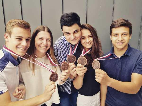 Mladi srpski fizičari treći na svetu 2