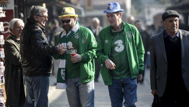 Navijači BiH i Irske se druže