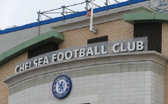 Chelsea u pregovorima sa mogućom zamjenom Guus Hiddinka