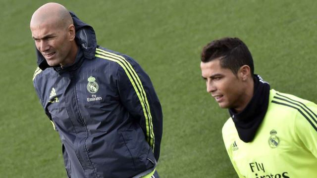 asistencija Zidanea