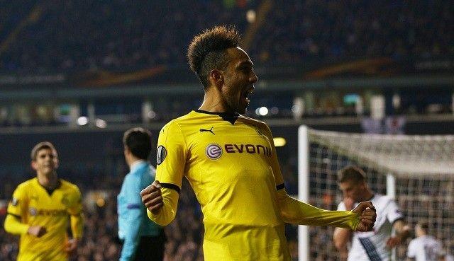 Aubameyang U Dortmundu su svi totalno ludi za fudbalom!