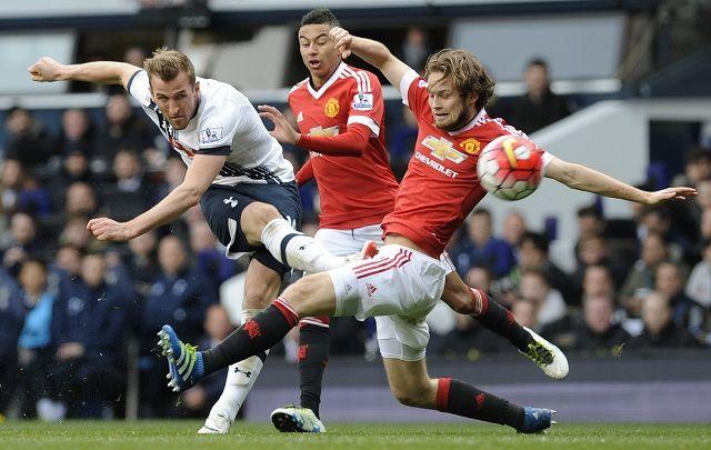 Tottenham ne odustaje od titule, United razbijen za šest minuta!