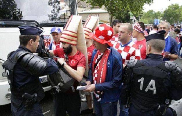 Navijači Hrvatske i Turske