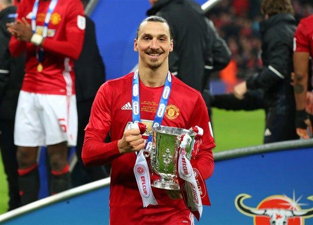 Zlatan Ibrahimović će i sljedeće sezone igrati u Manchester Unitedu