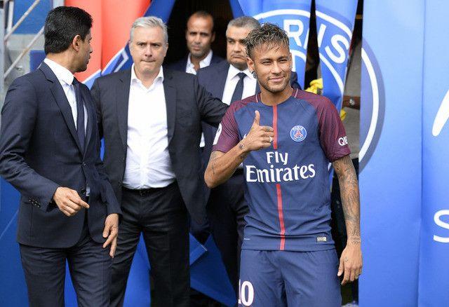 Otkriveno koliko Neymar zarađuje u Paris Saint-Germainu