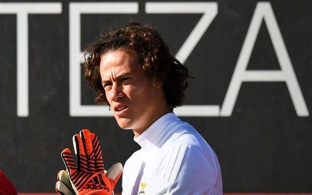 VIDEO: Najmlađi vratar u povijesti Lige prvaka napravio veliku grešku!