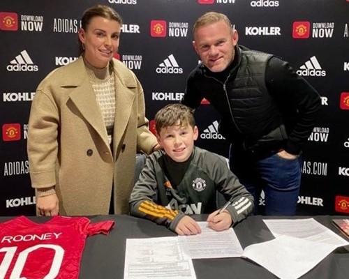 Sin Waynea Rooneya