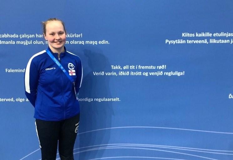 Ein heilsan til tykkum í fremstu røð