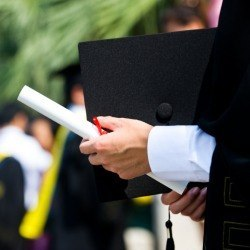 study-graduate-and-professional-degrees-cause-40-percent-of-student-loan-debt-14032801