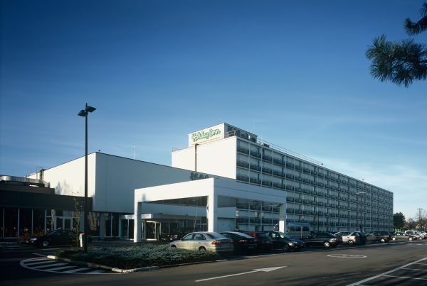 Nieuwbouw en interieur Express by Holiday-Inn (Global Hotel), Antwerpen, project huisvesting SVR-ARCHITECTS