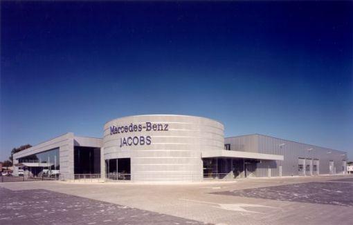 MERCEDES-BENZ JACOBS<br><span style='color:#31495a;font-size:12px;'>Bedrijfsgebouw, kantoren, interieur Jabobs Autobedrijf N.V. </span>