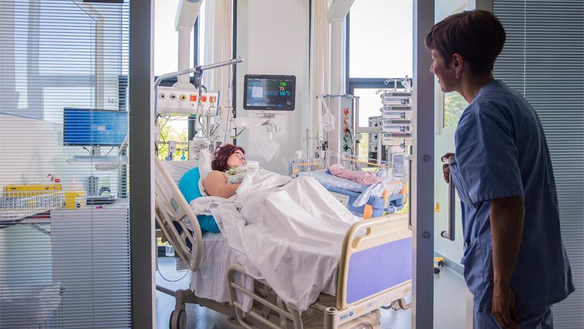 Patient au centre de Reine Mathilde Centre Mère et Enfant