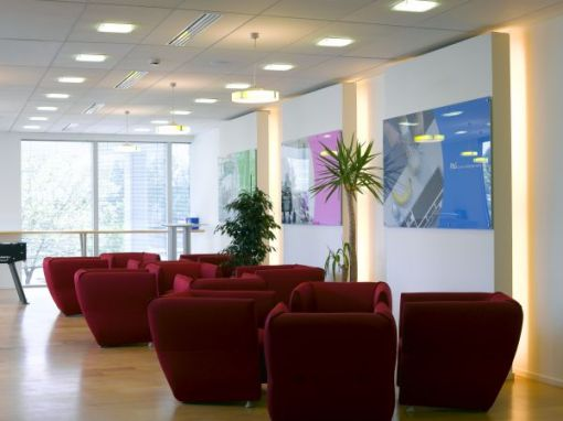 PROCTER & GAMBLE FRANCE<br><span style='color:#31495a;font-size:12px;'>Bureaux Marketing Development Office, siège principal, Paris</span>