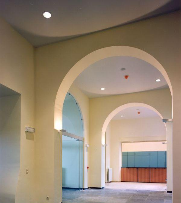 Renovatie St.-Bernardklooster tot gemeentehuis Hemiksem, kantoorgebouw SVR-ARCHITECTS