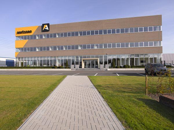 Nieuwbouw hoofdzetel bouwbedrijf Aertssen Stabroek, industriegebouw SVR-ARCHITECTS