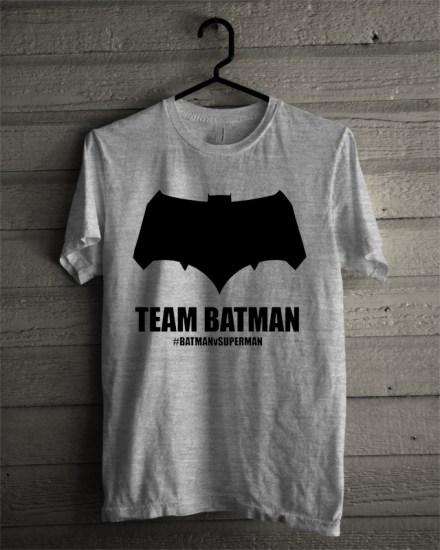 batman side grey tee