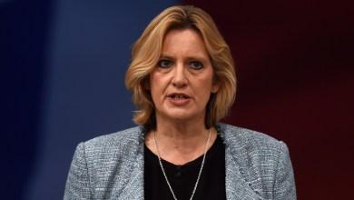 وزيرة داخلية بريطانيا عن واتس اب : ملاذ آمن للارهاب 2