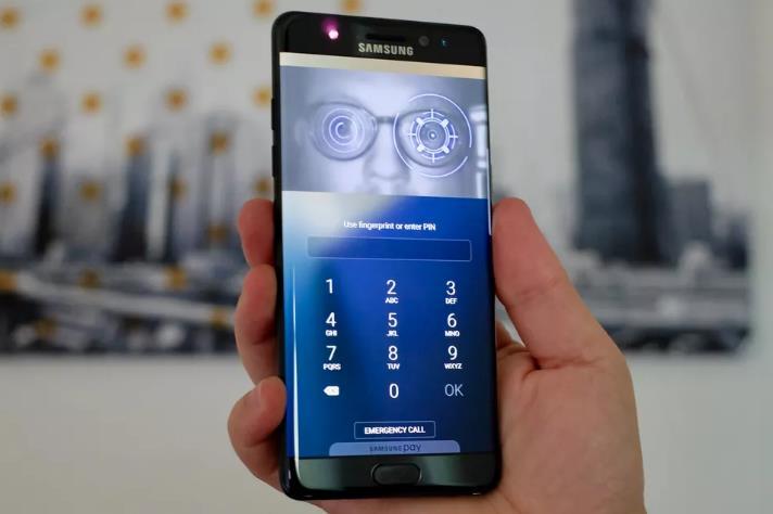 هل يصبح النوت 9 اخر عهد هواتف سامسونج بتقنية بصمة العين
