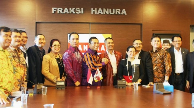 Ramai-ramai Anggota DPR Hanura Pindah Partai, Djafar: Selamat Berjuang Semoga Tidak Masuk Jurang