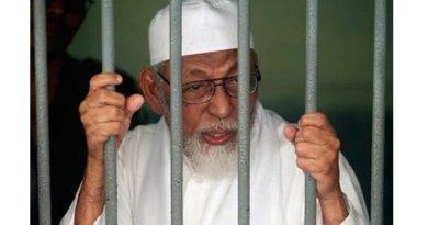 Bebaskan Baasyir, Jokowi Telat