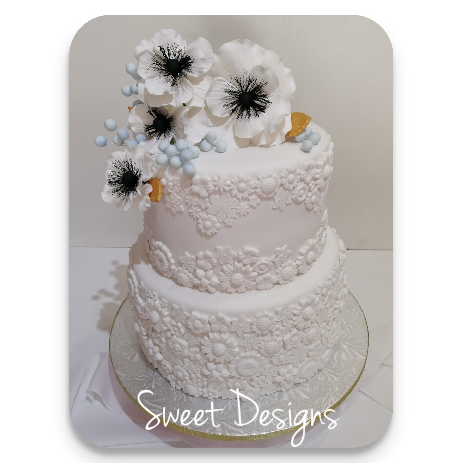 Basrelief Wedding Cake