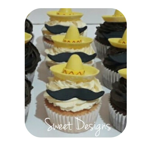 Buttercream Cupcakes with fondant Sombrero and little mustache