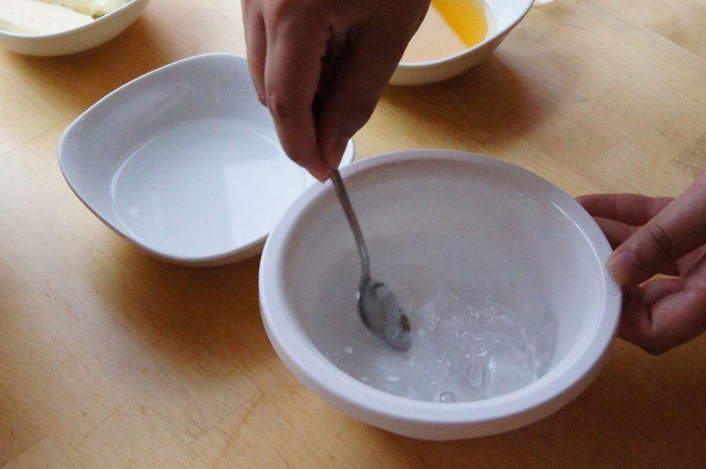 Salz und Zucker auflösen