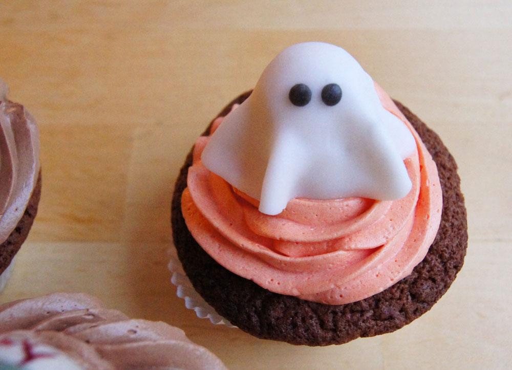 Halloween Cupcakes mit Geist