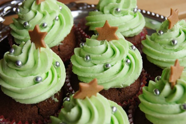 fertige Christbaum Cupcakes