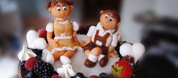 Naked Drip Hochzeitstorte