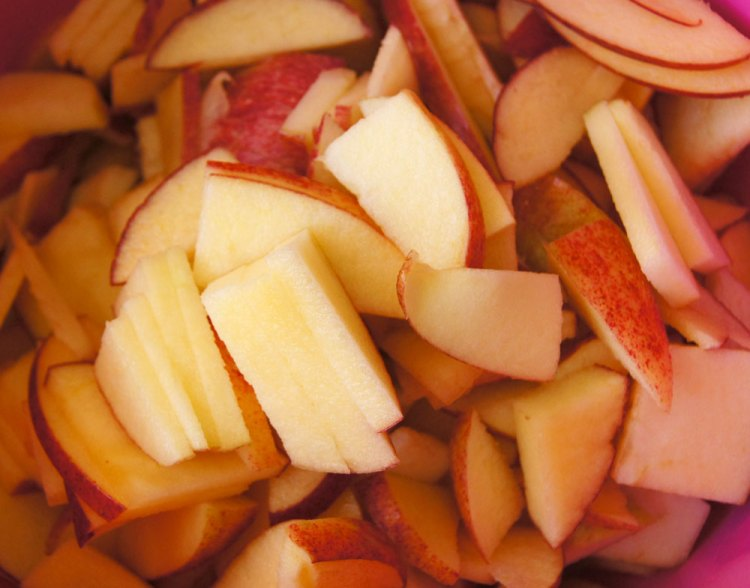 Äpfel aufscheiden