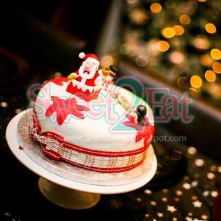 Traditional Christmas Cake Part II