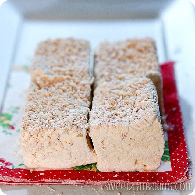 Toasted Coconut Vanilla Bean Marshmallows Recipe by Sweet2EatBaking.com