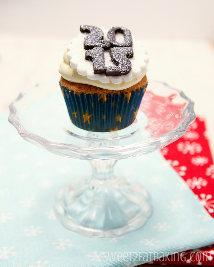 New Years Eve 2015 Cupcakes by Sweet2EatBaking.com