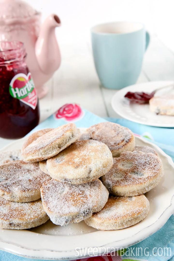 Welsh Cakes (picau ar y maen) by Sweet2EatBaking.com
