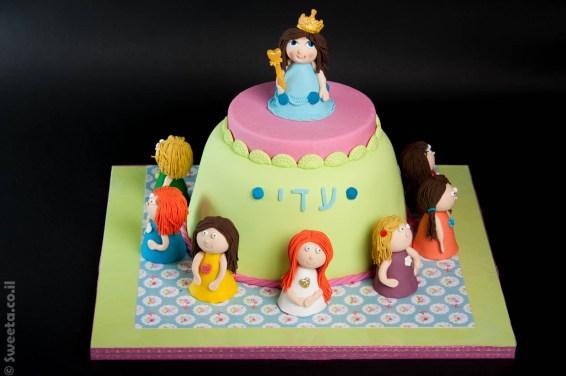 עוגה של פיות מבצק סוכר