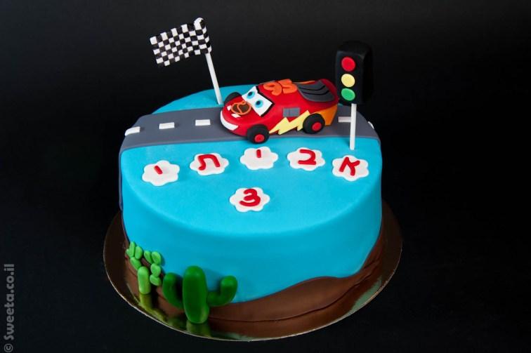 עוגה של ספידי מקווין מכוניות יום הולדת בצק סוכר