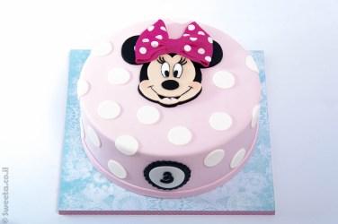 עוגת מינימאוס מבצק סוכר