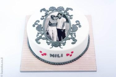 עוגה מעוצבת מבצק סוכר לכבוד יומולדת לסבתא