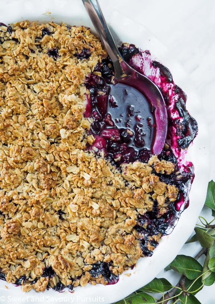 Pear and Blueberry Crumble